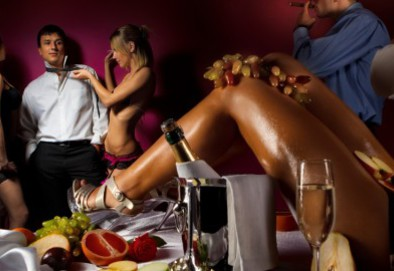 Pussy Dinner 15